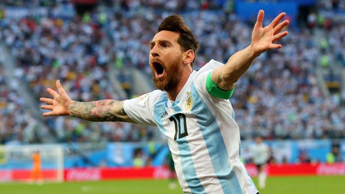 Лионель Месси празднует гол в матче ЧМ-2018 Аргентина – Нигерия («Санкт-Петербург Арена»)