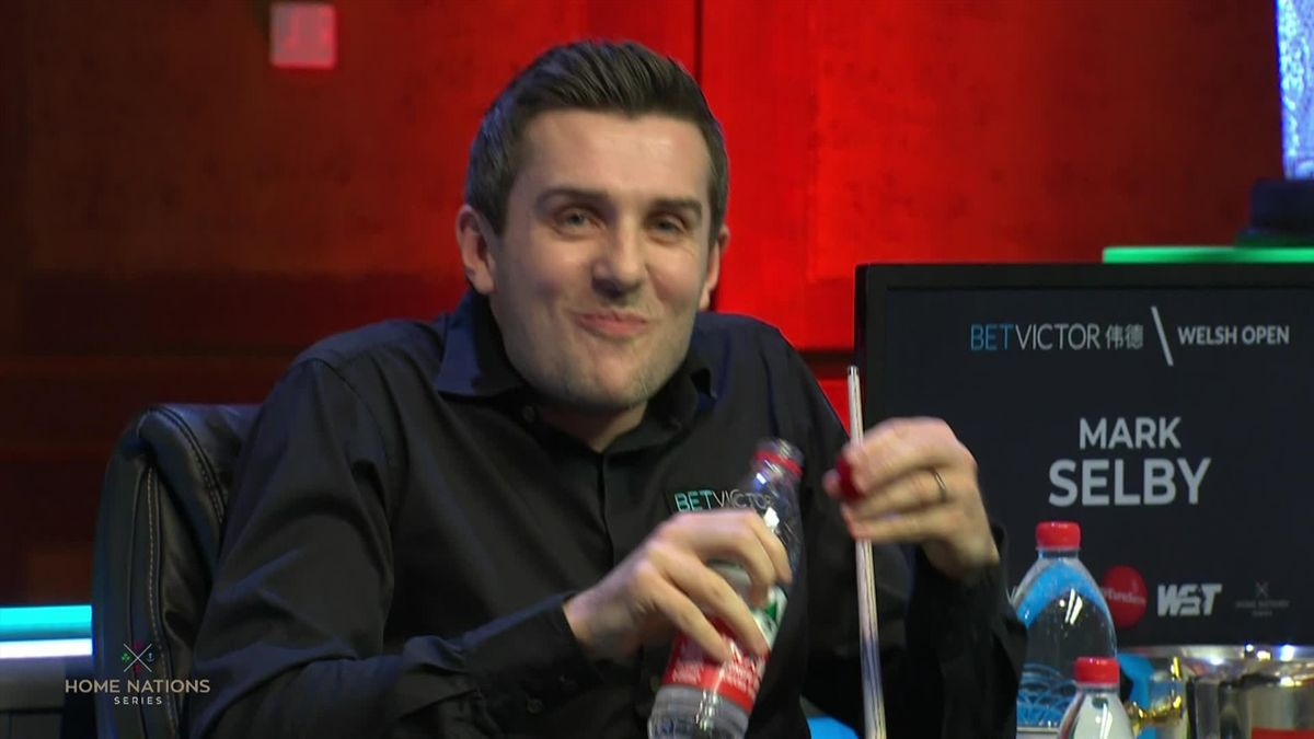 Snooker Welsh Open : Selby laughing about missing the pink while making a 147 attempt