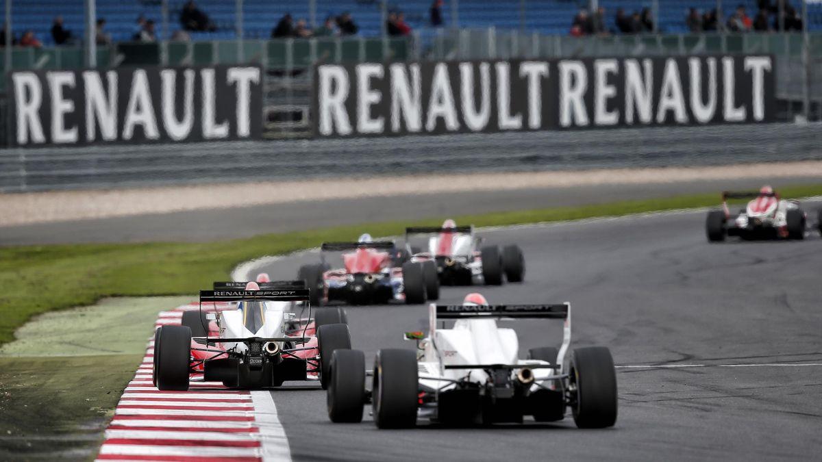 Formula Renault 2.0 di scena al Nürburgring