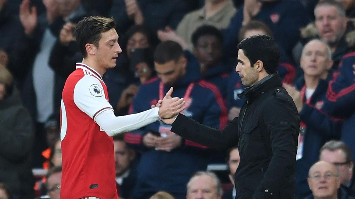 Mesut Özil und Mikel Arteta vom FC Arsenal