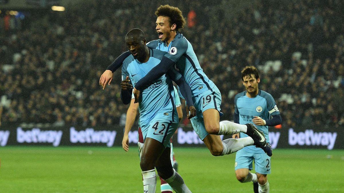 Yaya Touré félicité après son but face à West Ham