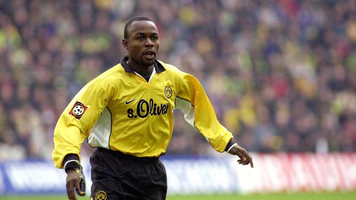 Victor Ikpeba im Trikot von Borussia Dortmund 1997