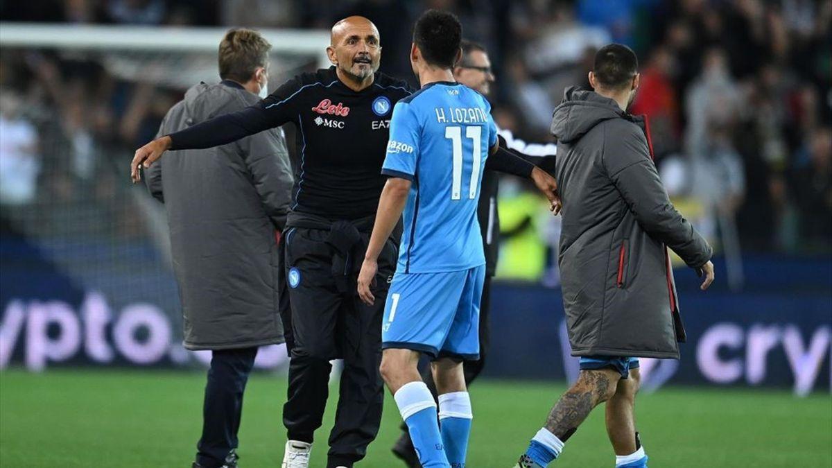 Spalletti a fine partita fa i complimenti a Lozano - Udinese-Napoli - Serie A 2021/2022