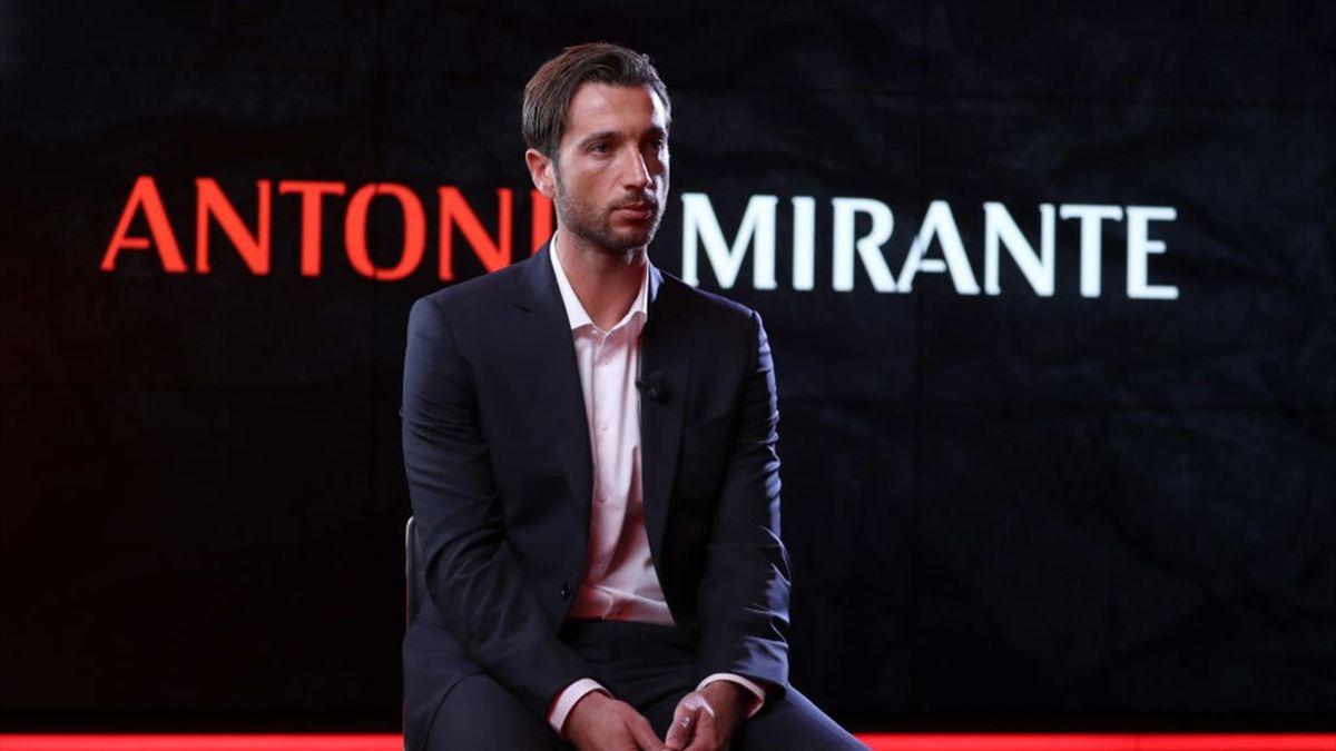 Antonio Mirante è stato acquistato dal Milan dopo l'infortunio di Maignan