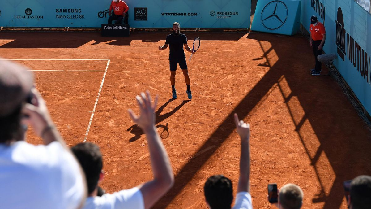 Benoit Paire celebra su victoria en Madrid