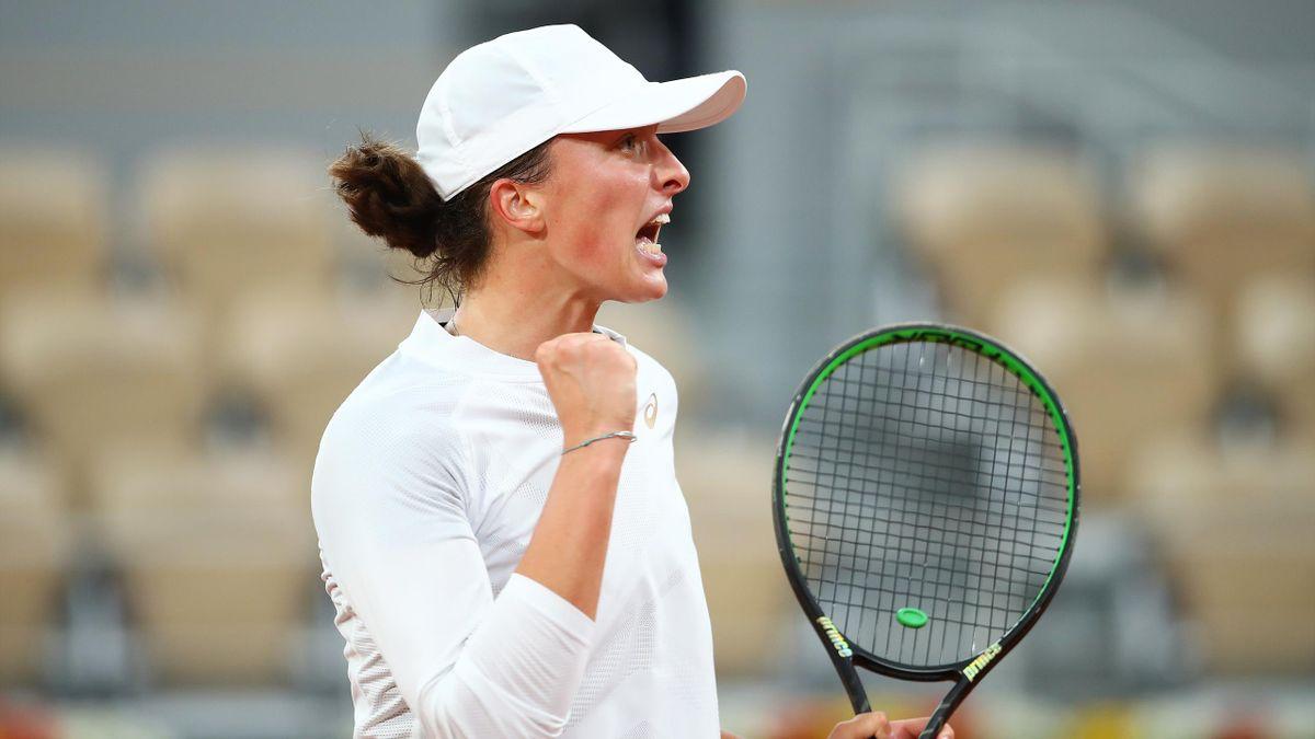 Iga Swiatek a produs o mare surpriză și a eliminat-o pe Simona Halep în optimile de finală la Roland Garros