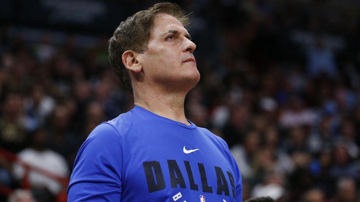 Mark Cuban, propriétaire des Dallas Mavericks, le 28 février 2020 lors d'un match face à Miami
