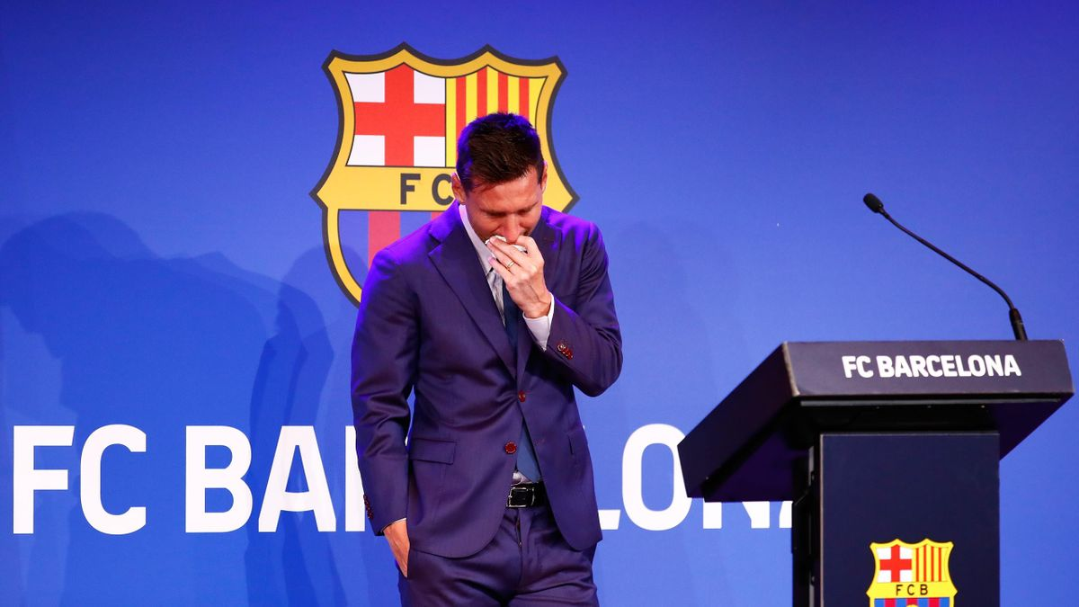 BARCELONA, SPAIN - AUGUST 08: Lionel Messi of FC Barcelona faces the media during a press conference at Nou Camp on August 08, 2021 in Barcelona, Spain. (Photo by Eric Alonso/Getty Images)