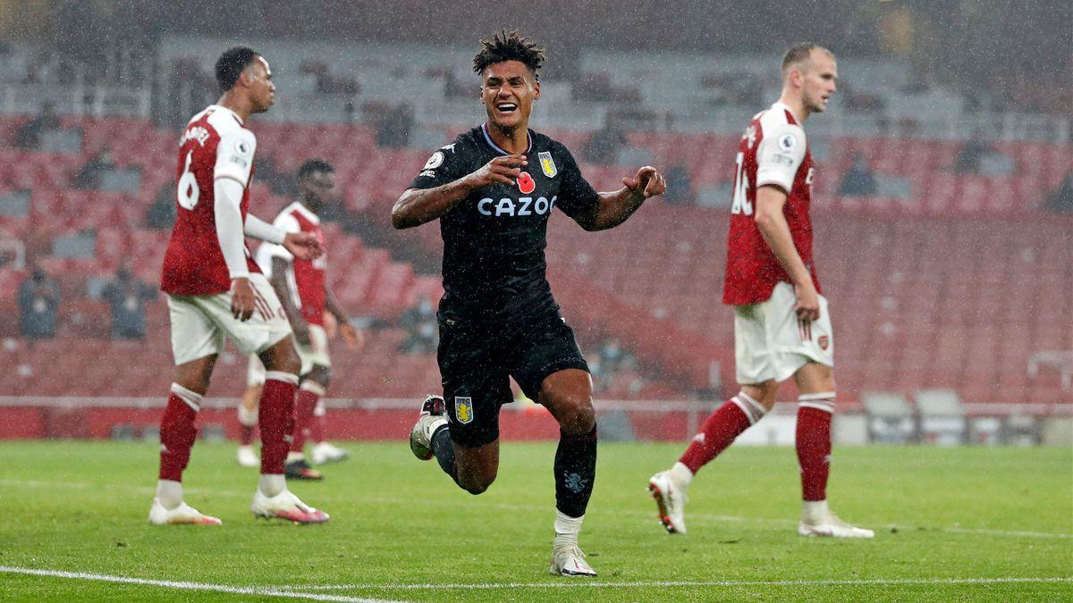 Aston Villa's English striker Ollie Watkins celebrates scoring his team's second goal