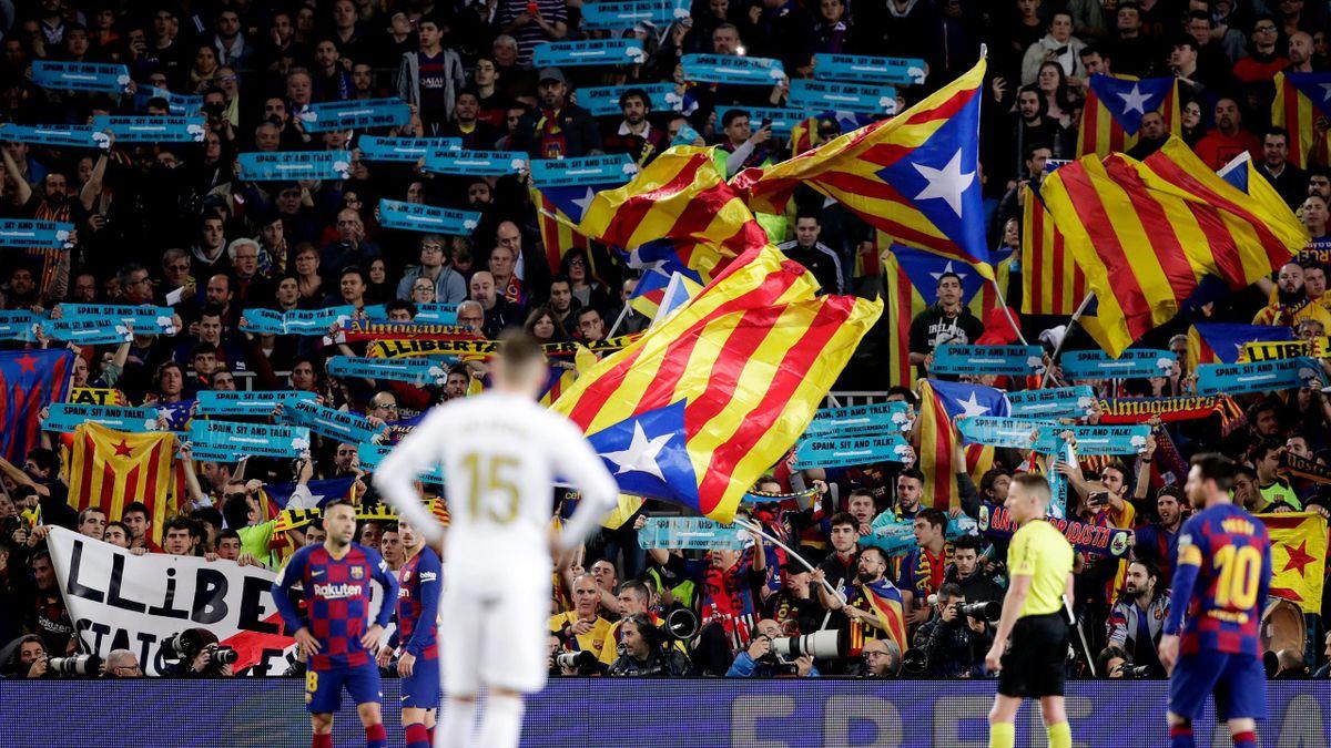 Le Camp Nou en effusion pendant un Clasico contre le Real