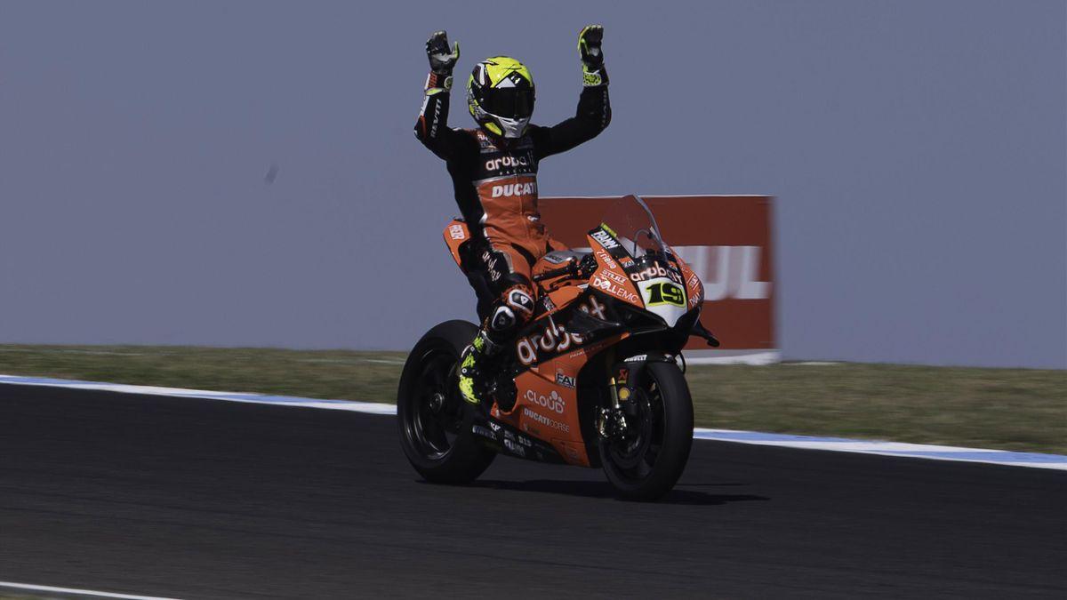Alvaro Bautista of Spain and ARUBA.IT RACING-DUCATI celebrates the victory