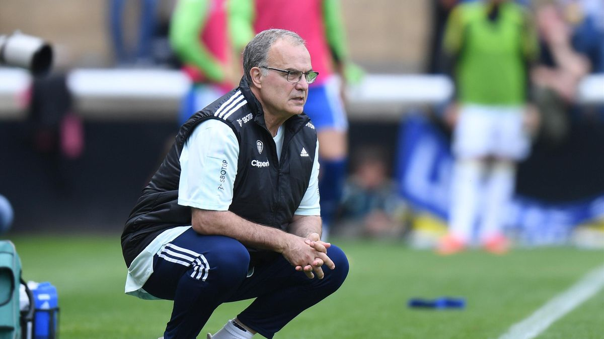 LOUGHBOROUGH, ENGLAND - JULY 31: Leeds United Head Coach Marcelo Bielsa during the Pre-Season Friendly match between Leeds United and Real Betis at Loughborough University on July 31, 2021 in Loughborough, England. (Photo by Tony Marshall/Getty Images)