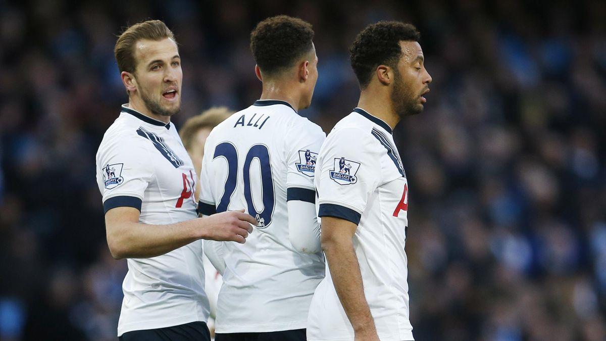 Dele Alli, mijlocașul lui Tottenham, va fi suspendat la meciul cu Manchester United