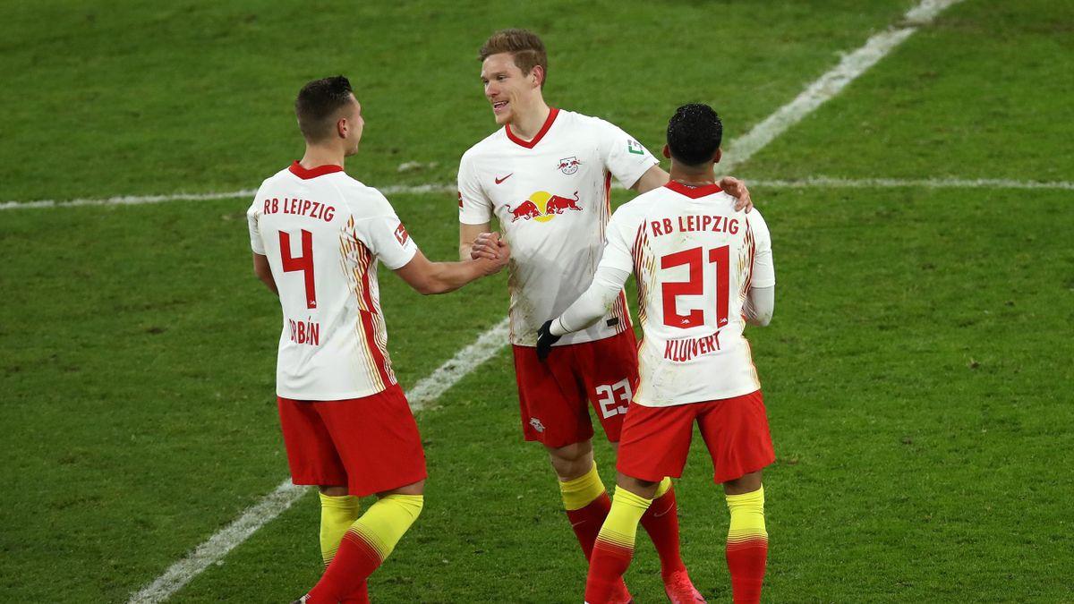 Marcel Halstenberg mit seinen RB-Teamkollegen