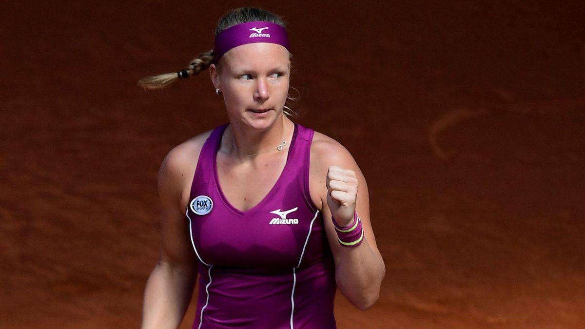 Kiki Bertens beat Maria Sharapova
