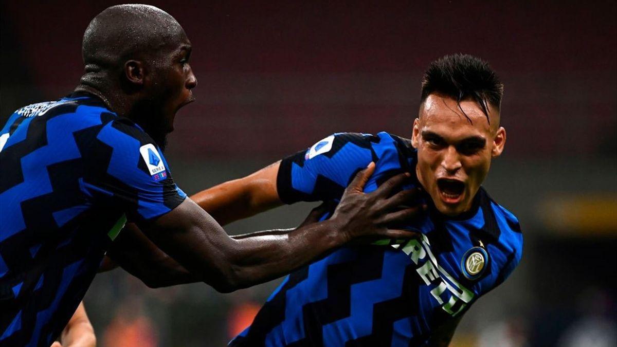 Lautaro segna il 2-0 in Napoli-Inter