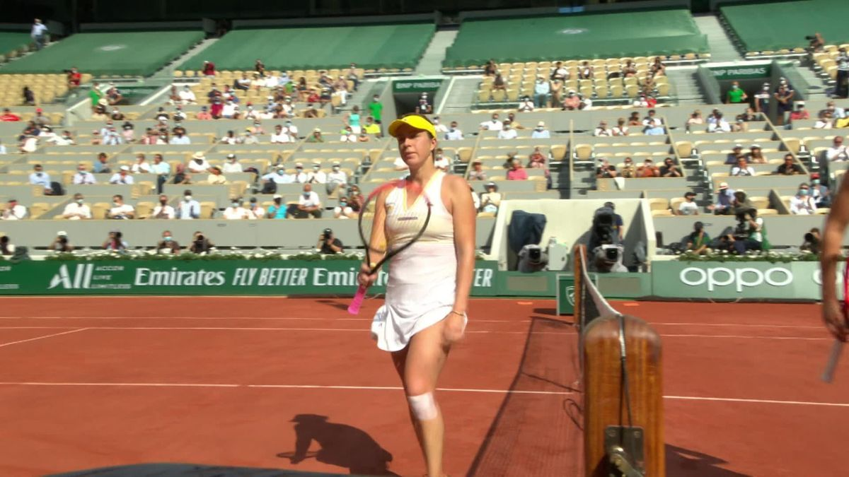 Watch the moment Pavlyuchenkova beats Rybakina to reach semis