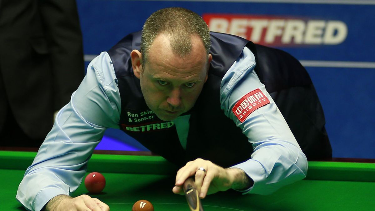 Mark Williams in action.