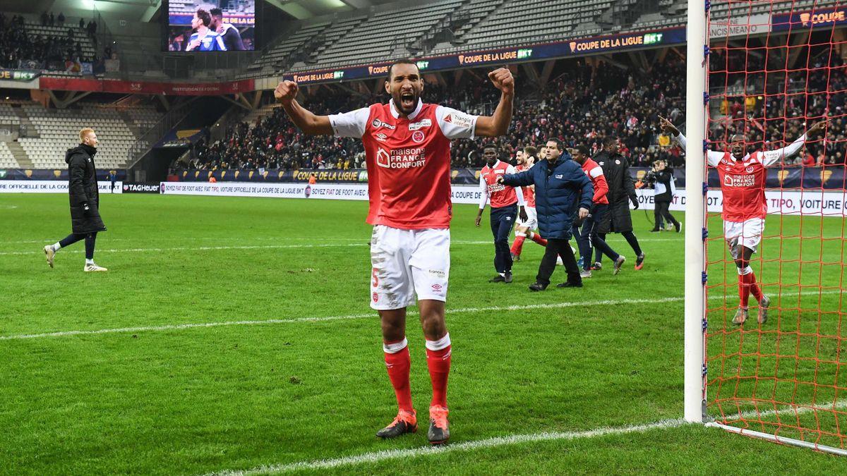 Yunis Abdelhamid célèbre la qualification de Reims en demi-finale de ma Coupe de la Ligue face à Strasbourg le 7 janvier 2020