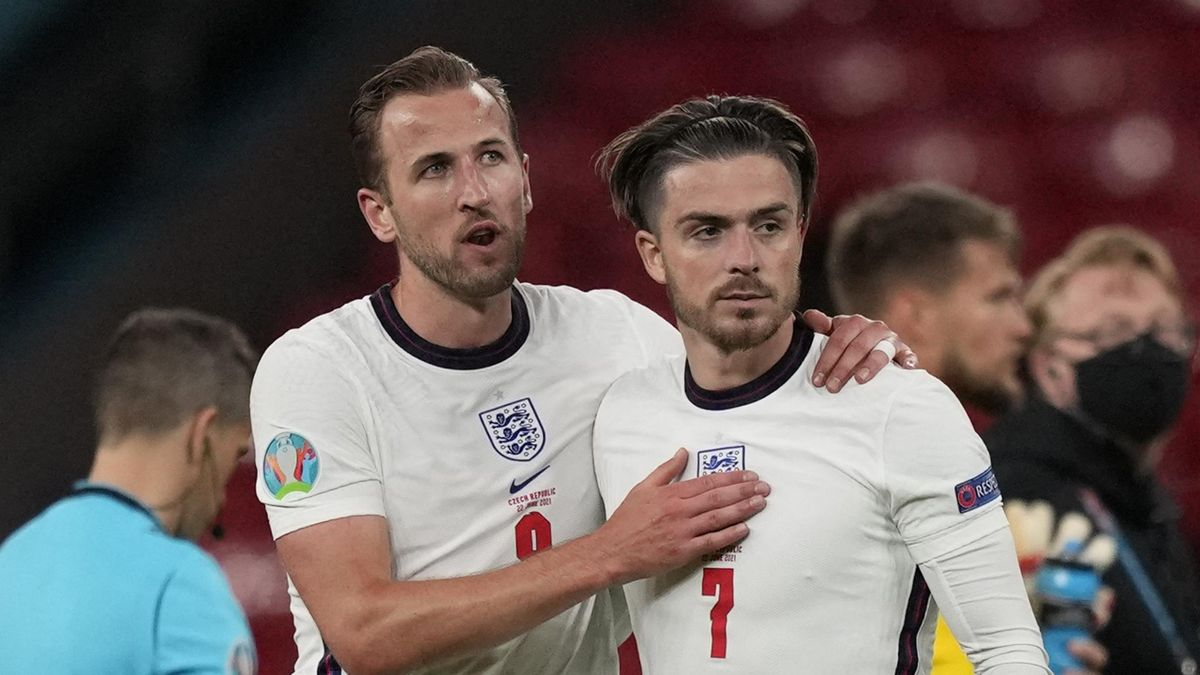 England's forward Harry Kane (L) and England's midfielder Jack Grealish react after the UEFA EURO 2020 Group D football match between Czech Republic and England at Wembley Stadium in London