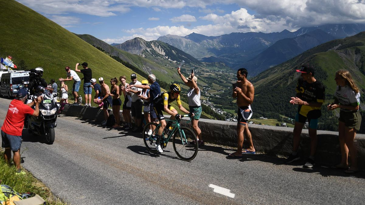 Steven Kruijswijk rides ahead of the stage up the Col de la Croix de Fer pass during the twelfth stage of the 105th edition of the Tour de France cycling race, between Bourg-Saint-Maurice - Les Arcs and l'Alpe d'Huez, on July 19, 2018
