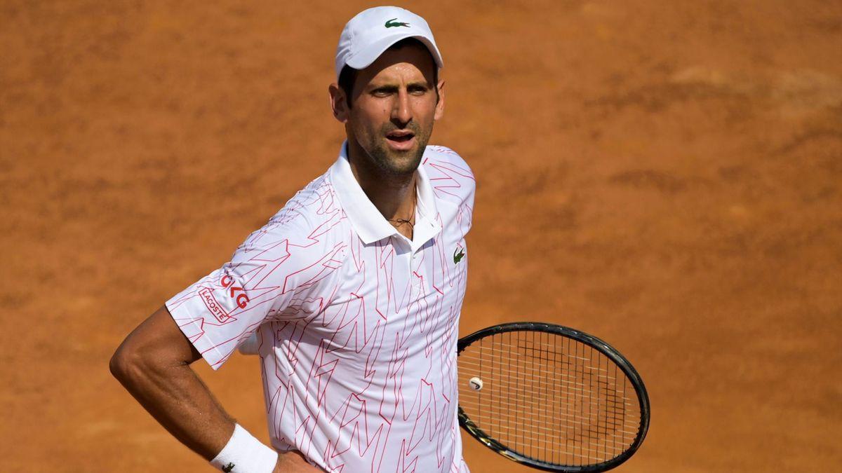 Novak Djokovic s-a calificat în semifinalele Masters-ului de la Roma