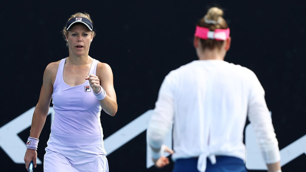 Laura Siegemund (l.) mit Vera Zvonareva - Australian Open 2021