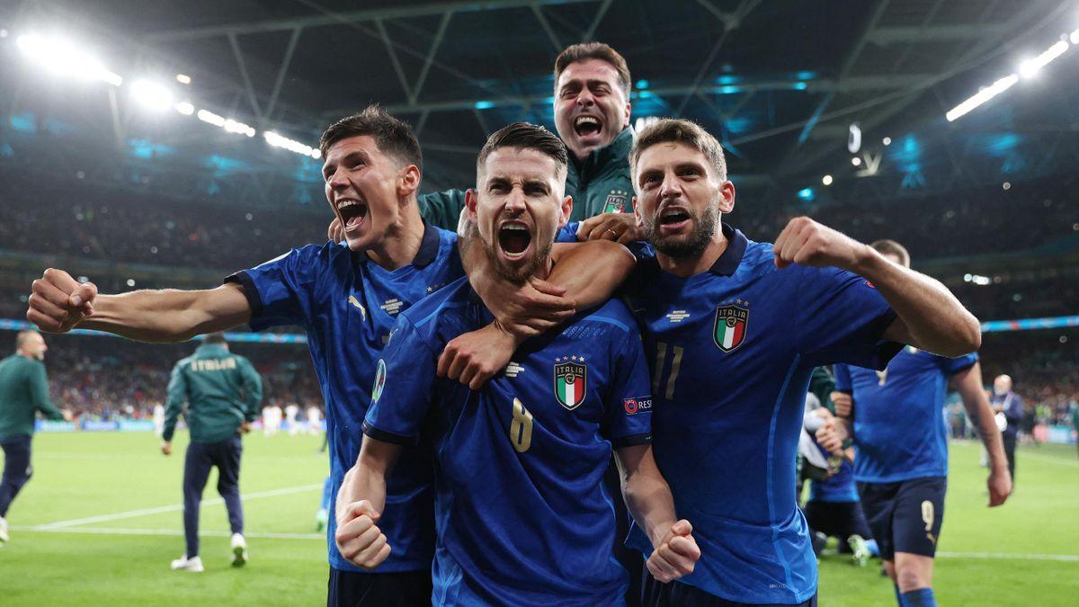 Jorginho et ses coéquipiers de l'équipe d'Italie
