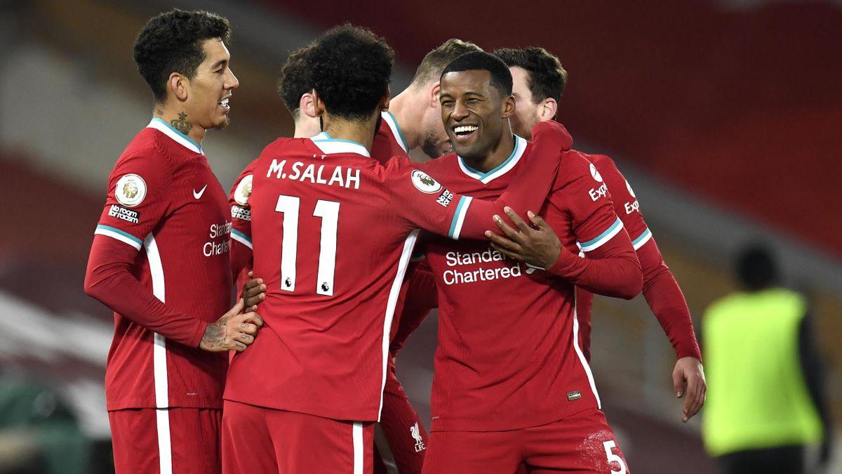 Liverpools Georginio Wijnaldum (r.) jubelt mit seinen Mitspielern