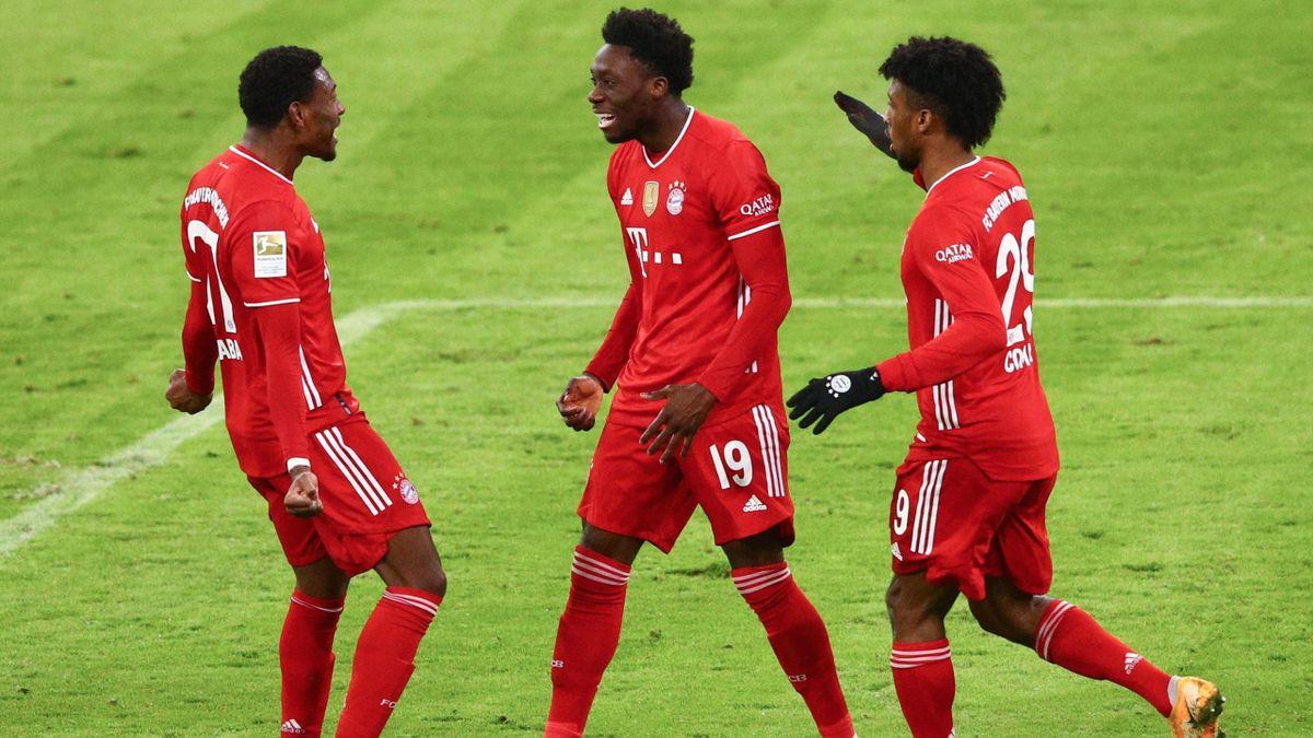 FC Bayern München | David Alaba, Alphonso Davies und Kingsley Coman (v.l.)