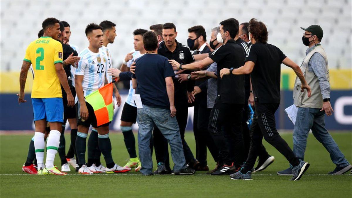 Caos in Brasile-Argentina a San Paolo - Qualificazioni Mondiali 2022
