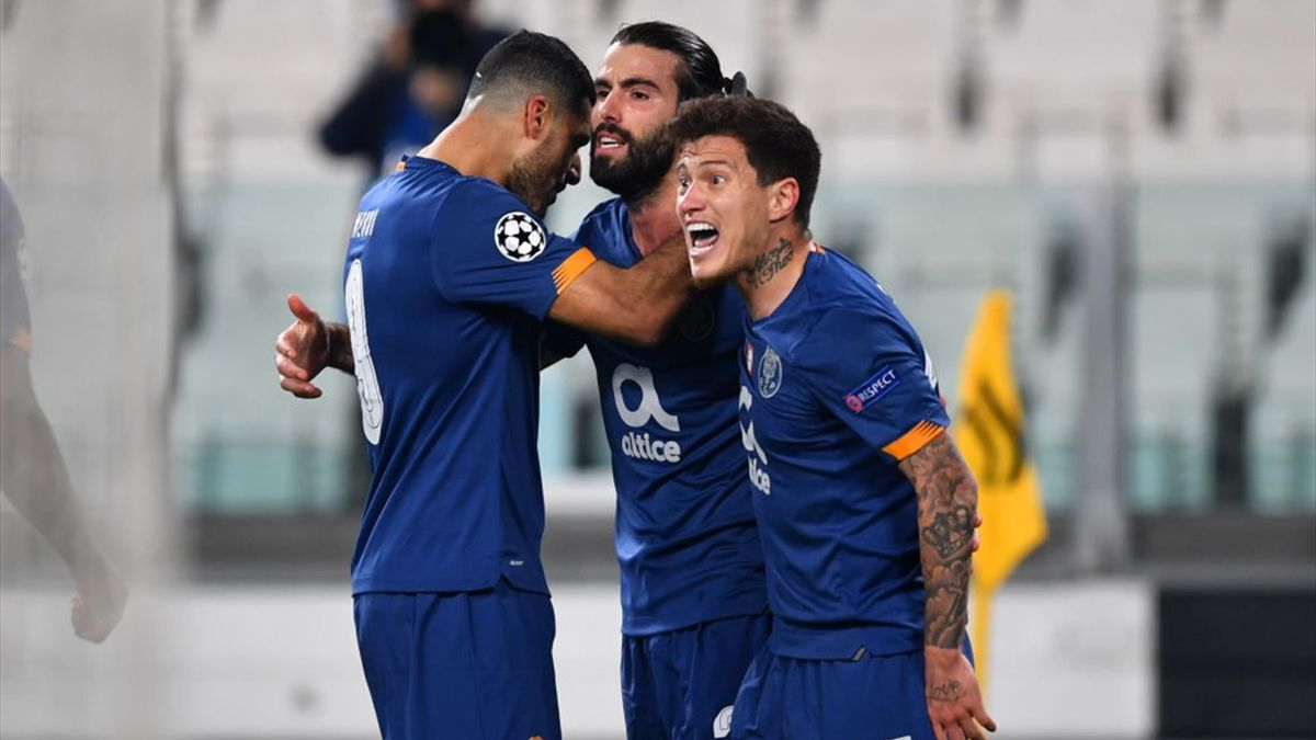 Sergio Oliveira esulta durante Juventus-Porto - Champions League 2020/2021 - Getty Images
