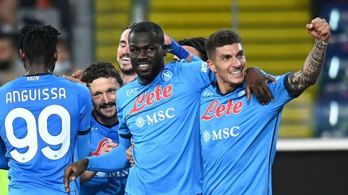 Koulibaly a segno durante Udinese-Napoli - Serie A 2021/2022