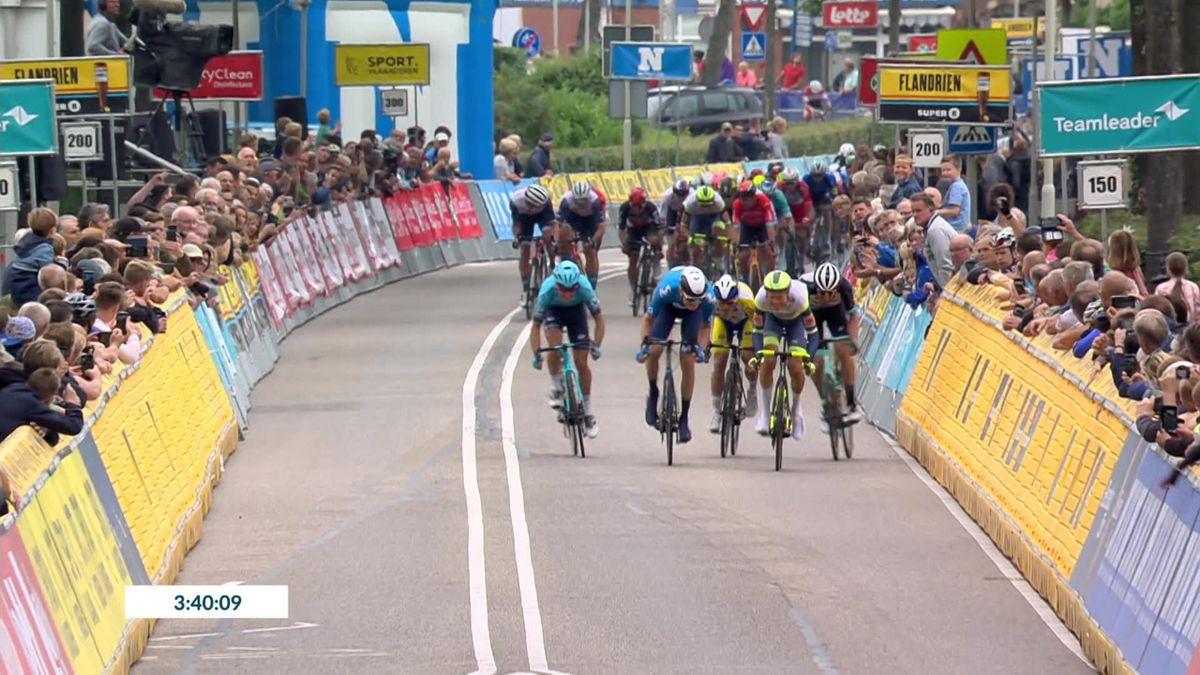 Benelux Tour   Van der Hoorn sprint voor naderend peloton naar winst