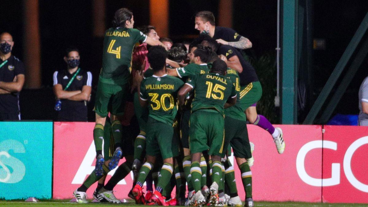 """Les Timbers de Portland fêtent leur but face à Orlando en finale du tournoi """"MLS is back"""", le 11 août 2020"""