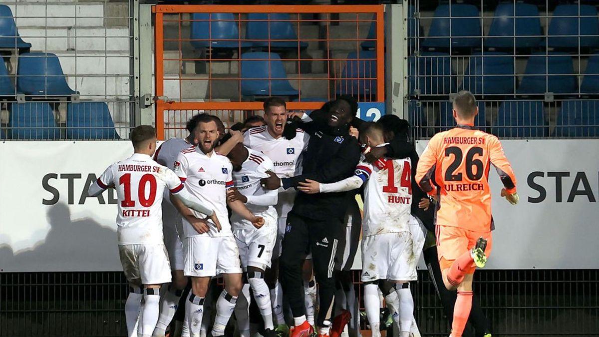 Hamburg jubelt gegen Bochum