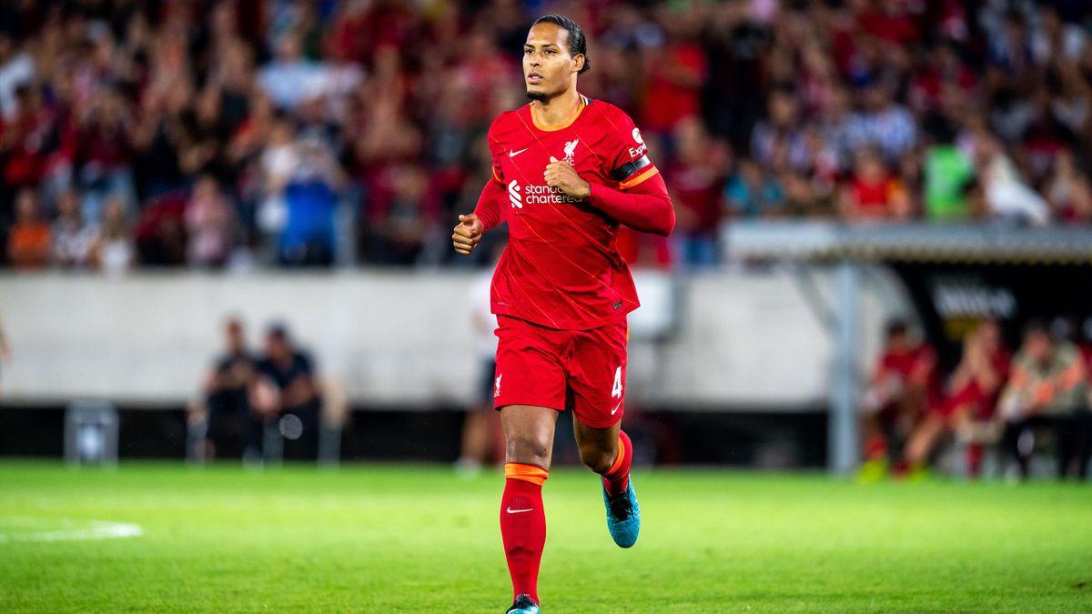 Virgil van Dijk a rejoué avec Liverpool pour la première fois depuis sa blessure aux ligaments croisés, en match amical face au Hertha Berlin, jeudi 29 juillet 2021.