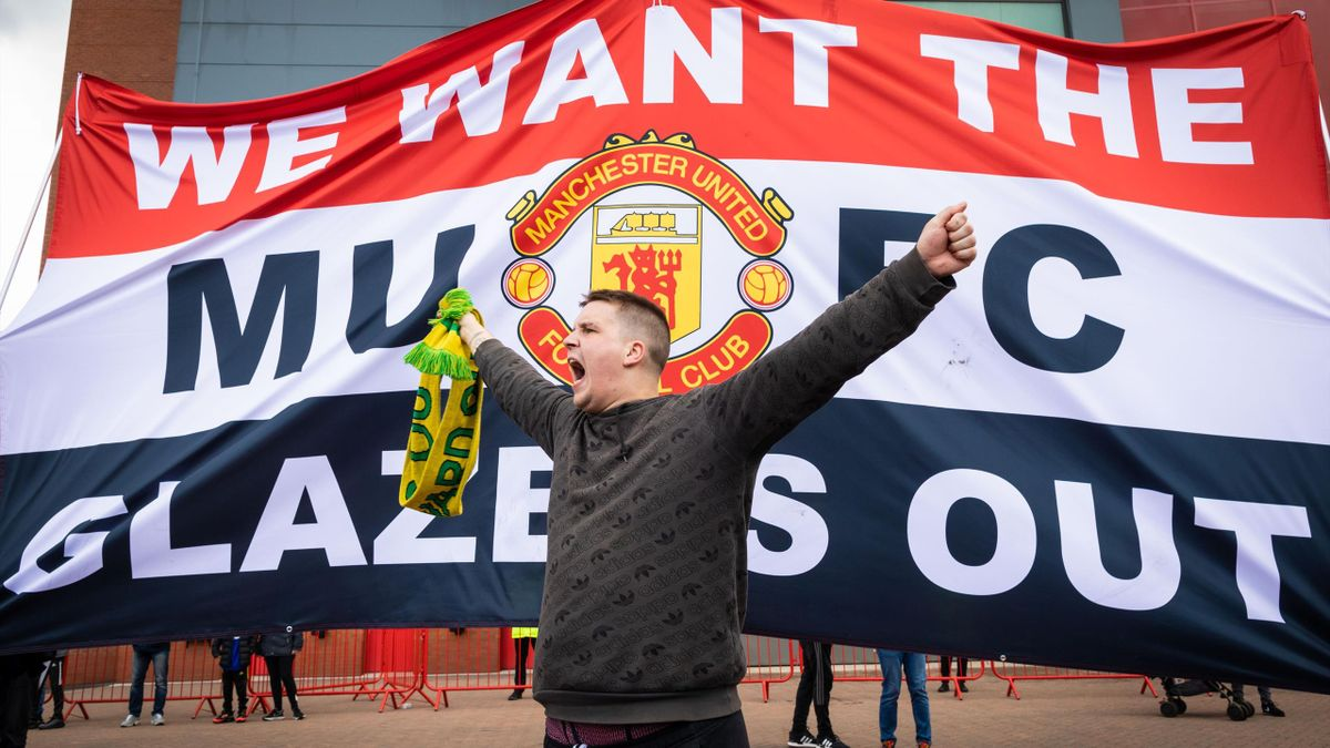 Manchester United - Liverpool proteste