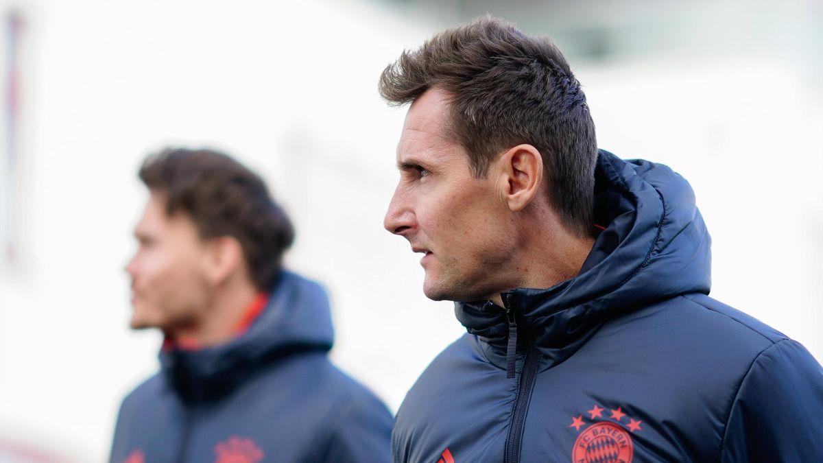 Miroslav Klose (Assistent von Hansi Flick) kritisiert Umgang bei Bayern