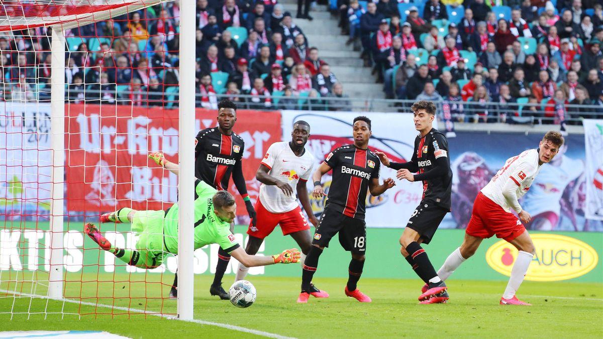 Lukas Hradecky   RB Leipzig - Bayer Leverkusen