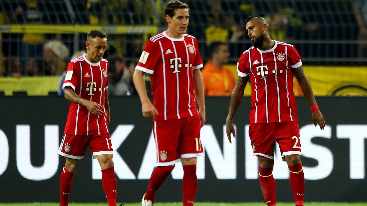 Rafinha et Arturo Vidal (Bayern Munich) lors de la Supercoupe d'Allemagne 2017