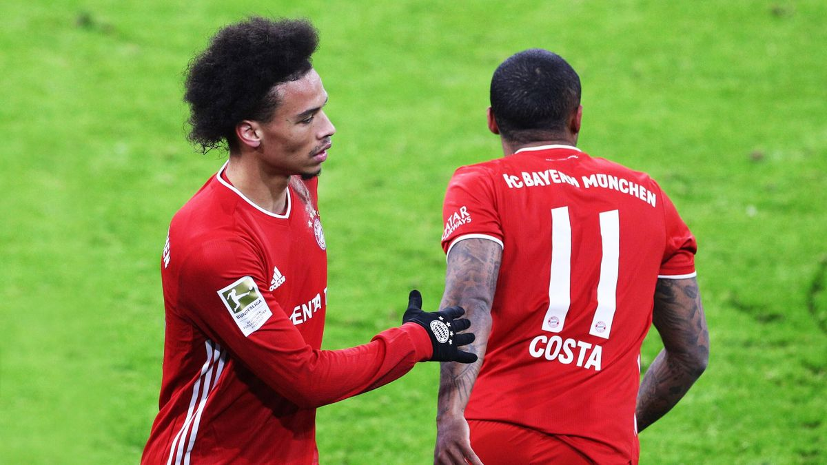 Bayern-Stars Leroy Sané (li.) und Douglas Costa (re.)