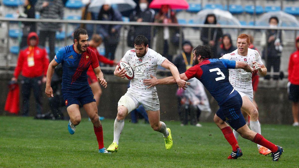 L'Anglais Charlie Hayter lors du quart de finale de la Cup contre les Français - Photo: World Rugby/Martin Seras Lima