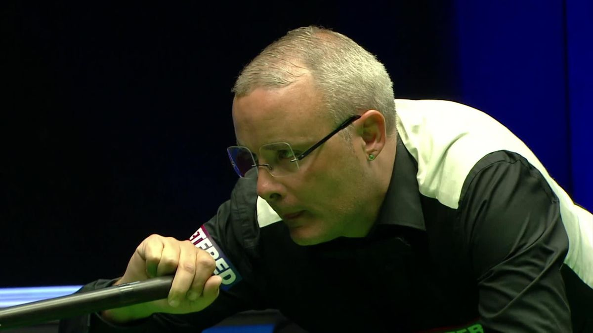 Snooker World Championship qualifiers: Break of 87 for Martin Gould to lead 9 frames to 4