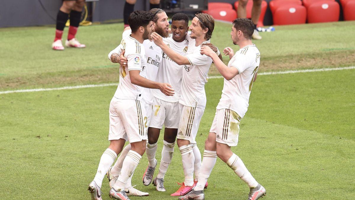 La joie des joueurs du Real Madrid après le but de Sergio Ramos face à l'Athletic Bilbao