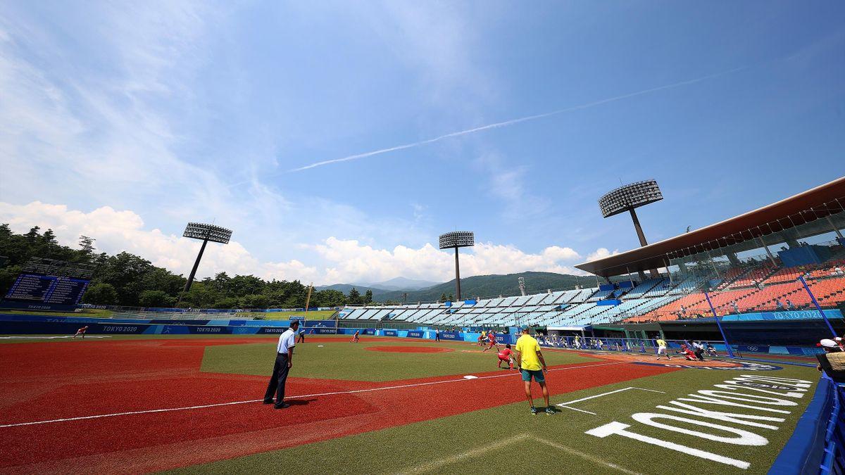 Le premier match de softball des Jeux Olympiques 2020, à Fukushima, entre le Japon et l'Australie - 21 juillet 2021