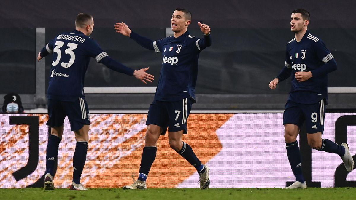 Cristiano Ronaldo (Juventus Turin) bejubelt seinen Treffer gegen Sassuolo Calcio