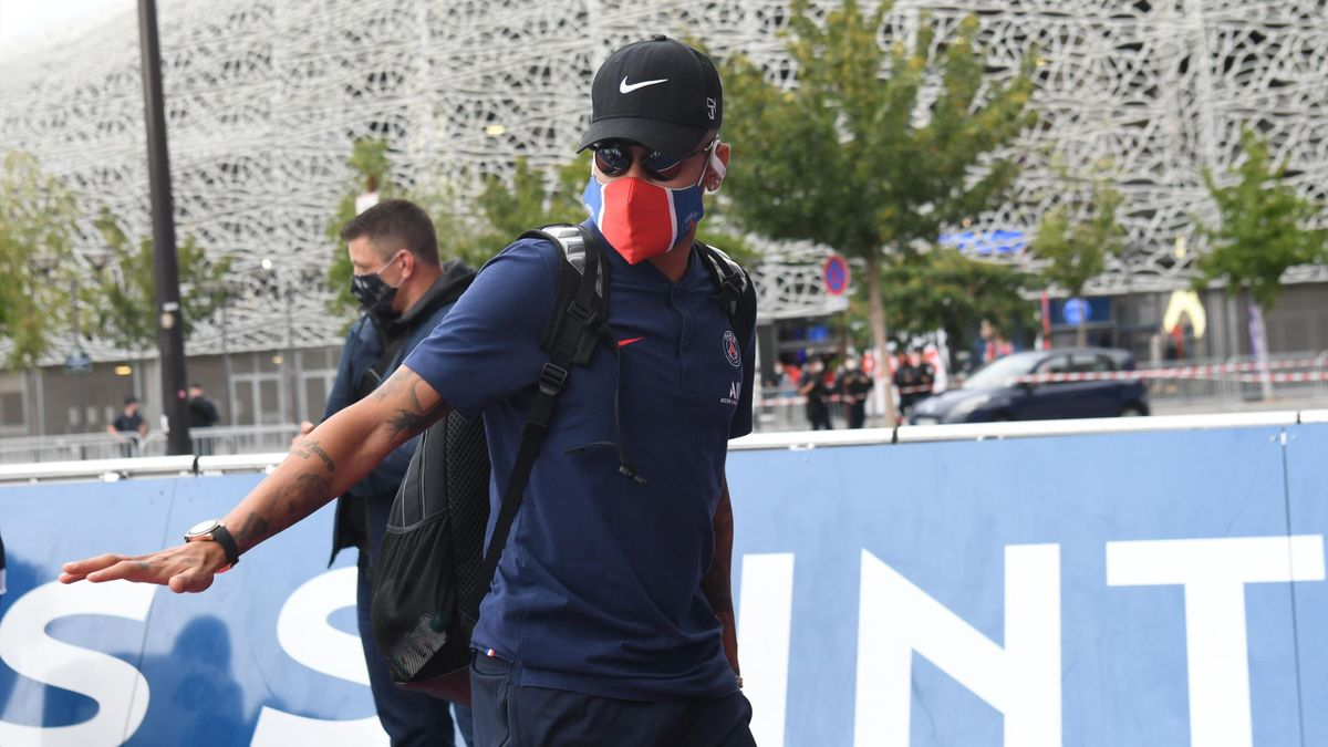 Paris Saint-Germain's Brazilian forward Neymar arrives at the Parc des Princes in Paris, on August 24, 2020, a day after being defeated by Bayern Munich during the UEFA Champions League final football match.