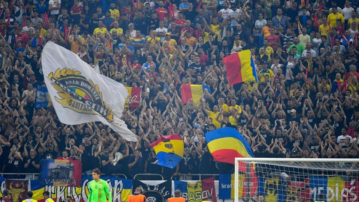Fanii naționalei României