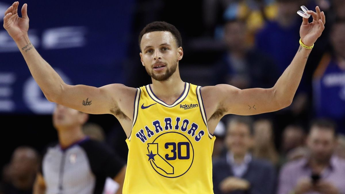 Stephen Curry avoided injury during the car accident